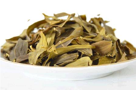 铁皮石斛叶子加工成的石斛茶