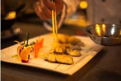 铁皮石斛汁煎青鱼成品图片