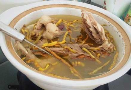铁皮石斛西洋参炖汤
