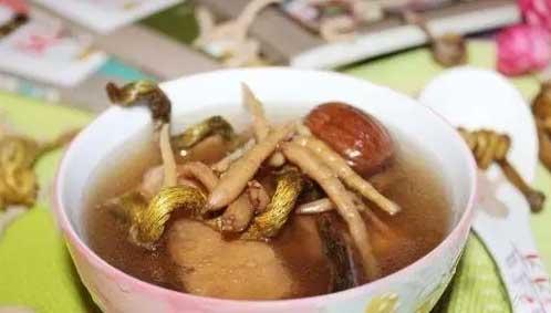 铁皮石斛麦冬瘦肉汤图片