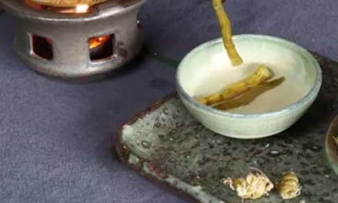 铁皮石斛泡茶图片
