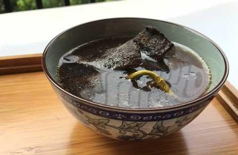灵芝石斛炖鸡汤图片