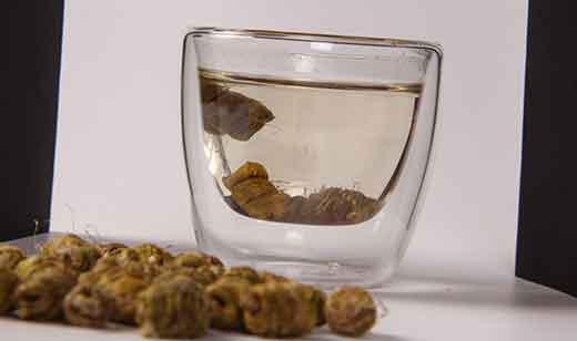 铁皮石斛泡水图片