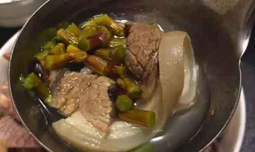 铁皮石斛炖羊肉汤图片