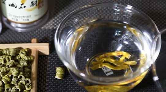 铁皮石斛不同时段有不同的吃法