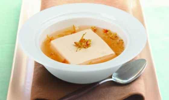 石斛花豆腐汤图片